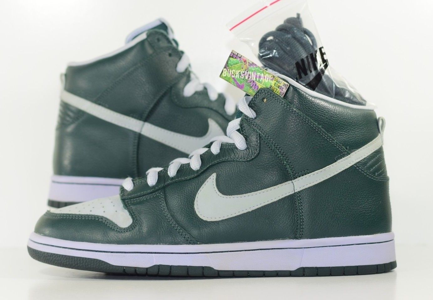 new concept ce0b3 61440 Size 10  2004 Nike Dunk SB High GHOST 305050-302