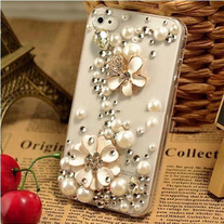 Bling Sparkle Crystal Lucky Flower, Pearls and rhinestones iphone 4/4S Case