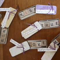 Scrabble_tins_medium