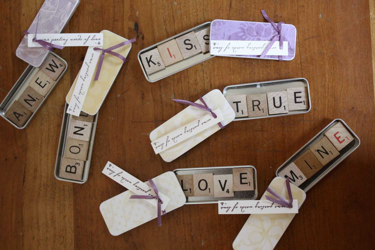 Scrabble_tins_original