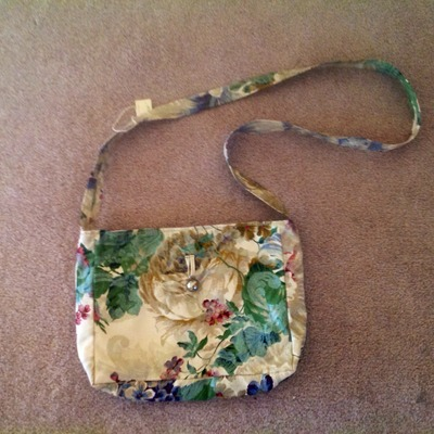Beautiful floral purse!