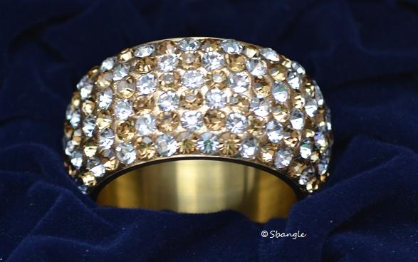 Sbangle Gold Napkin Rings set of 6 · PRET TY · line Store