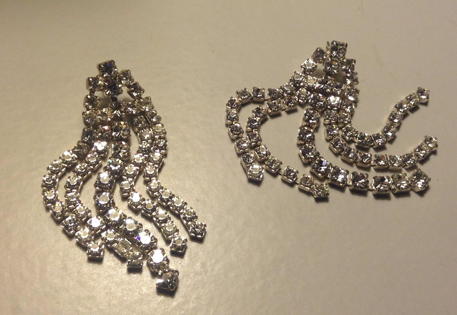 Rhinestone Earrings Vintage 66