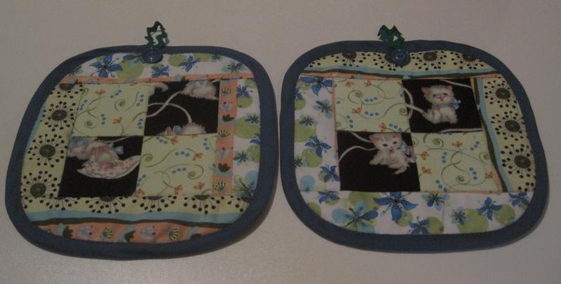 Kittens_20at_20play_20pot_original