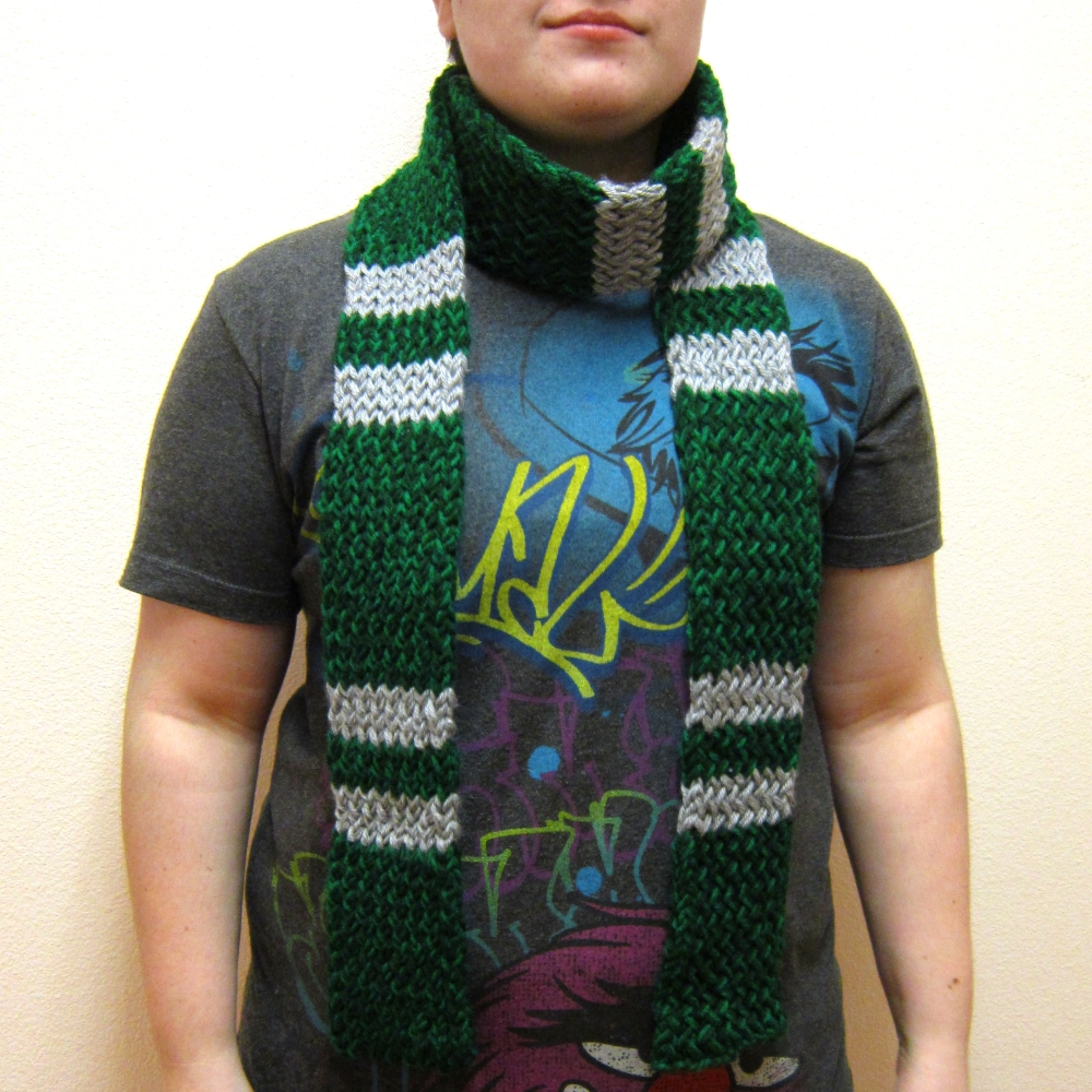 9144b428c66 ... Harry Potter inspired knitted Slytherin green   silver Scarf -  Thumbnail ...