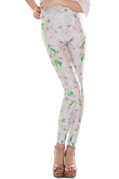 5570e092303a6 Fresh Flower Print Leggings on Storenvy