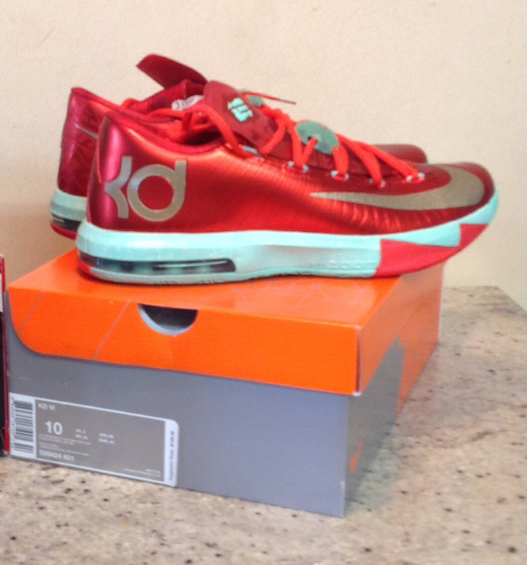Kd 6 Christmas on Storenvy
