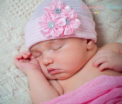 a63ad318b Newborn Hospital Hat for girls- Newborn Girl- Newborn Girl Hospital Hat-  Newborn Girl Hat- Newborn Girl- Baby Girl Hat- Newborn Girl Take Home  Outfit ...