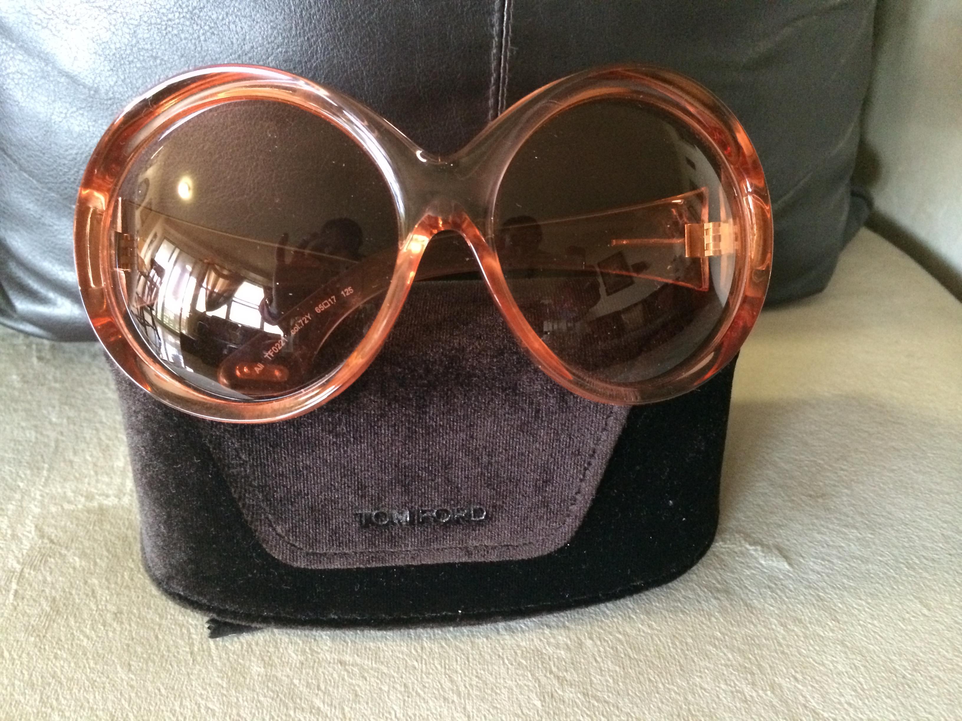 76e74f9a51 TOM FORD Oversized Ali Sunglasses · NoëlNY Concierge   Consignment ...
