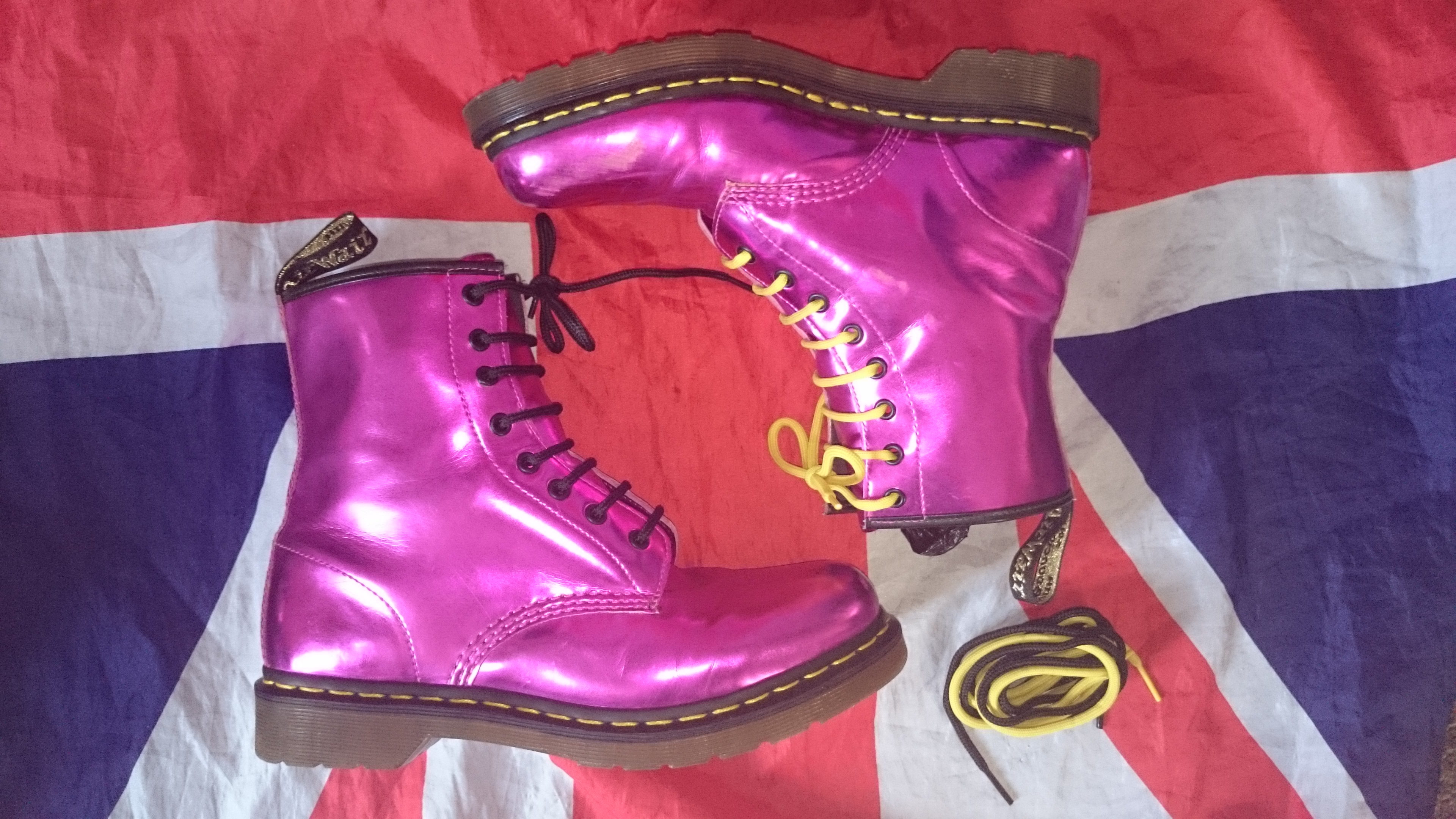 9660acc2c01e RARE Koram Flash Hot Metallic Pink Dr Doc Martens - UK 8*42 EU*USL ...