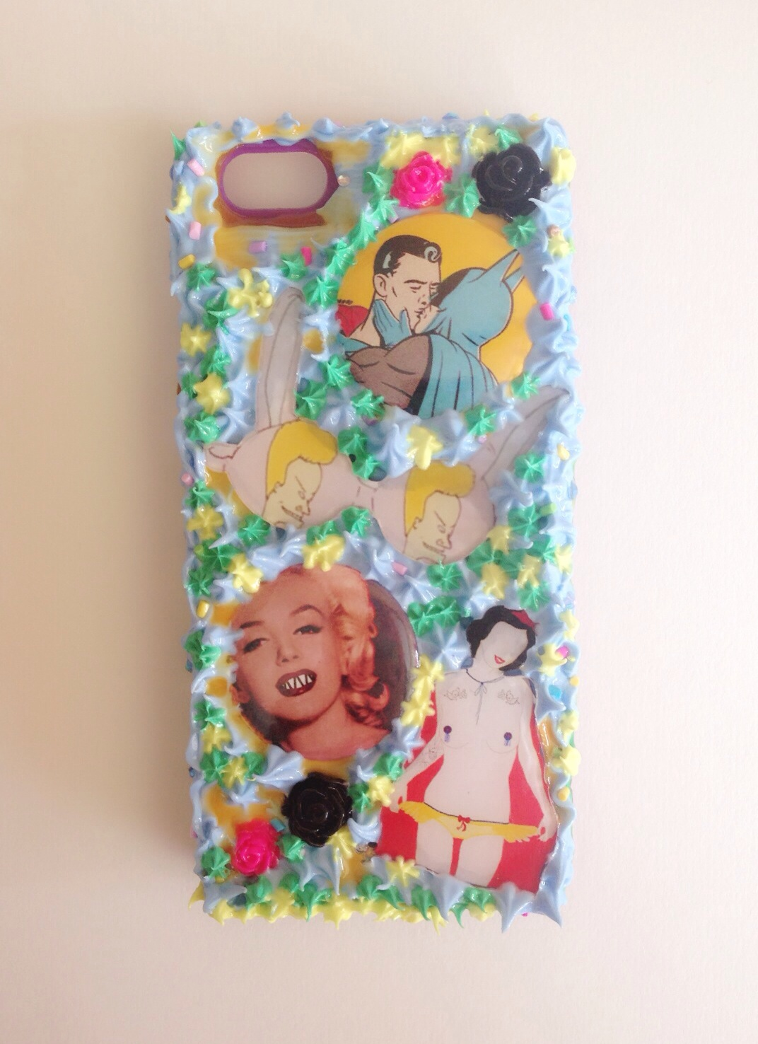 Pop Art Snow White iphone case