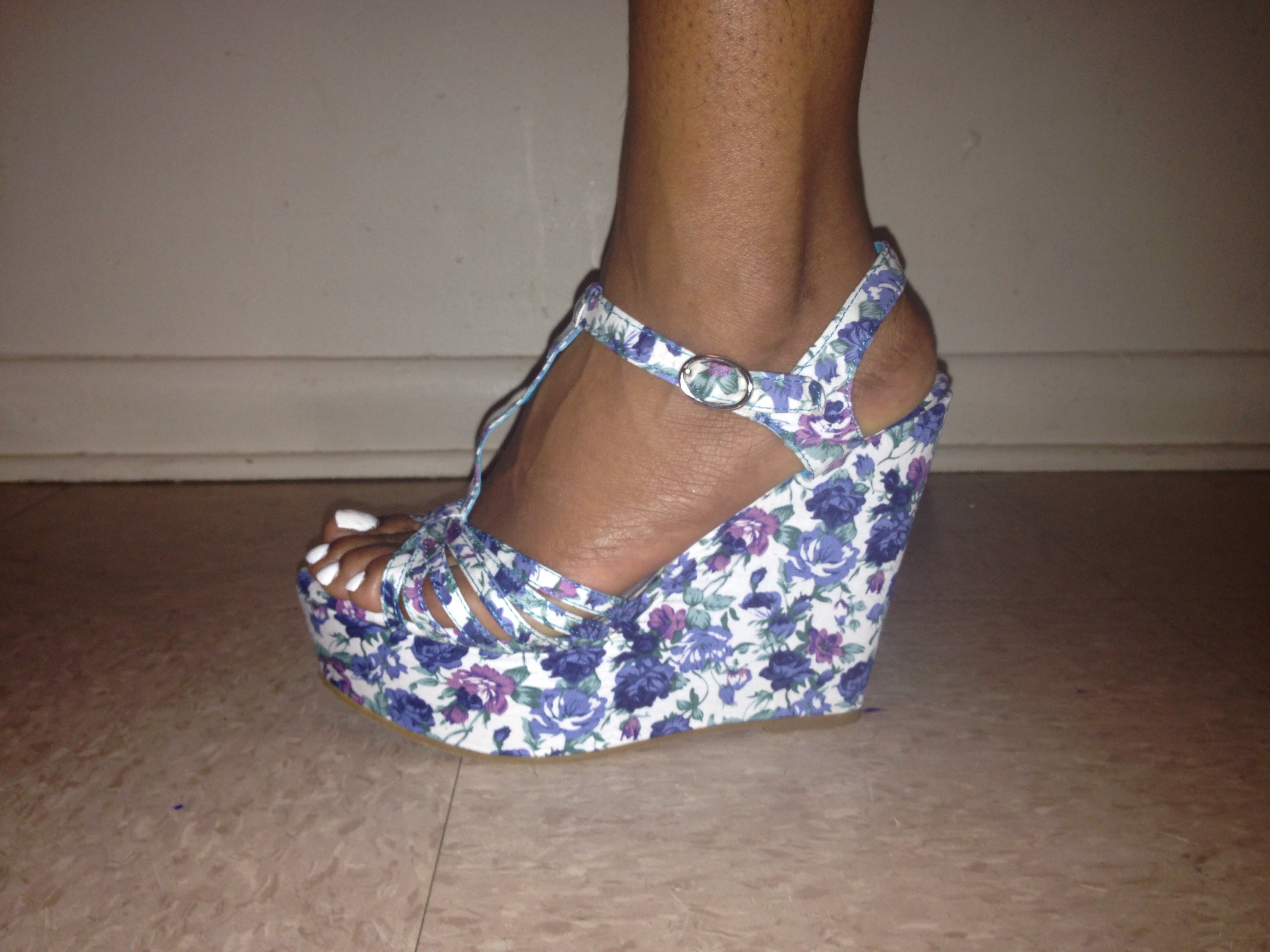 white wedges sold by FpgBoutique
