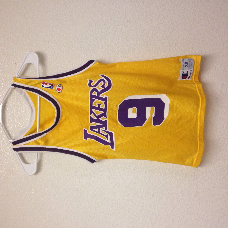 9c12a74e338 Nick Van Exel Lakers Champion Jersey 36 · Kings Court Vintage ...