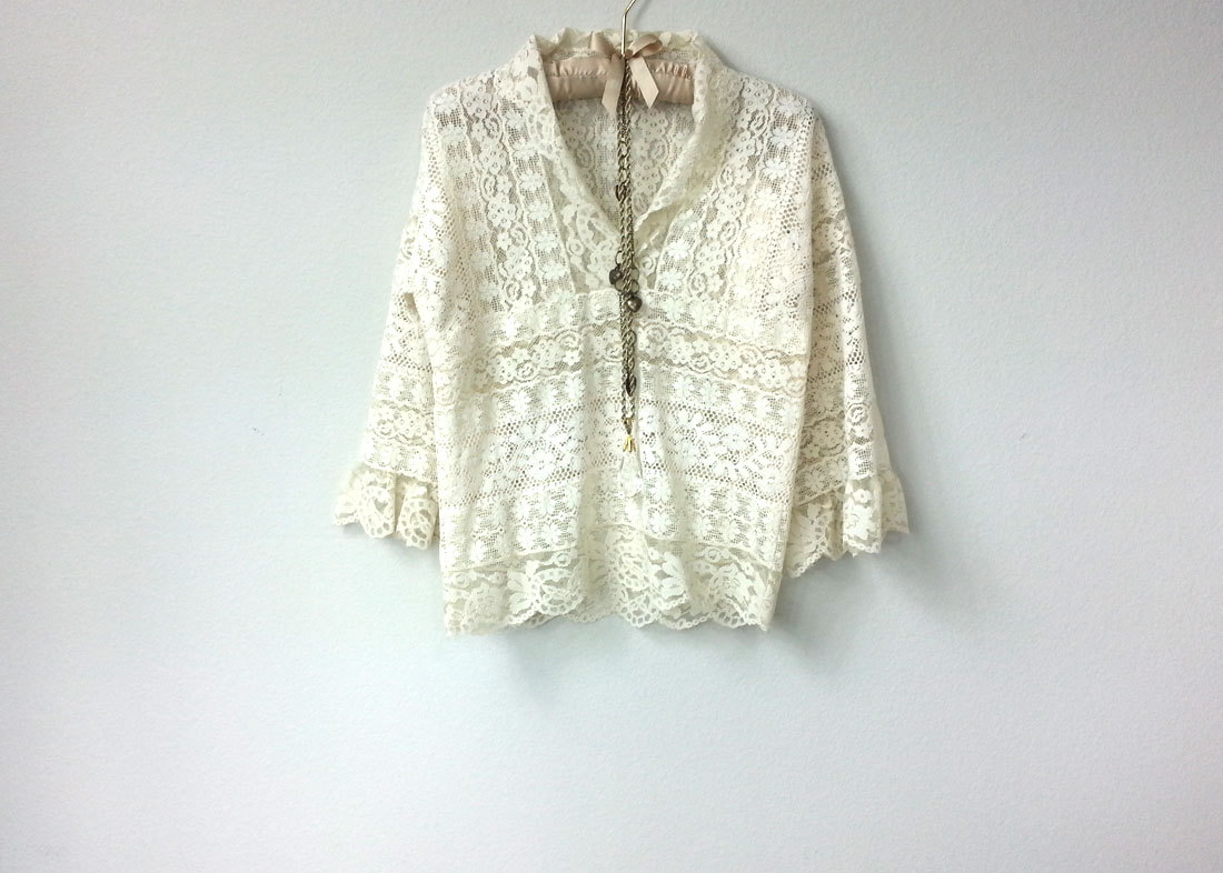 f9a2dc594405c9 Vintage Handmade Lace Pullover Shirt
