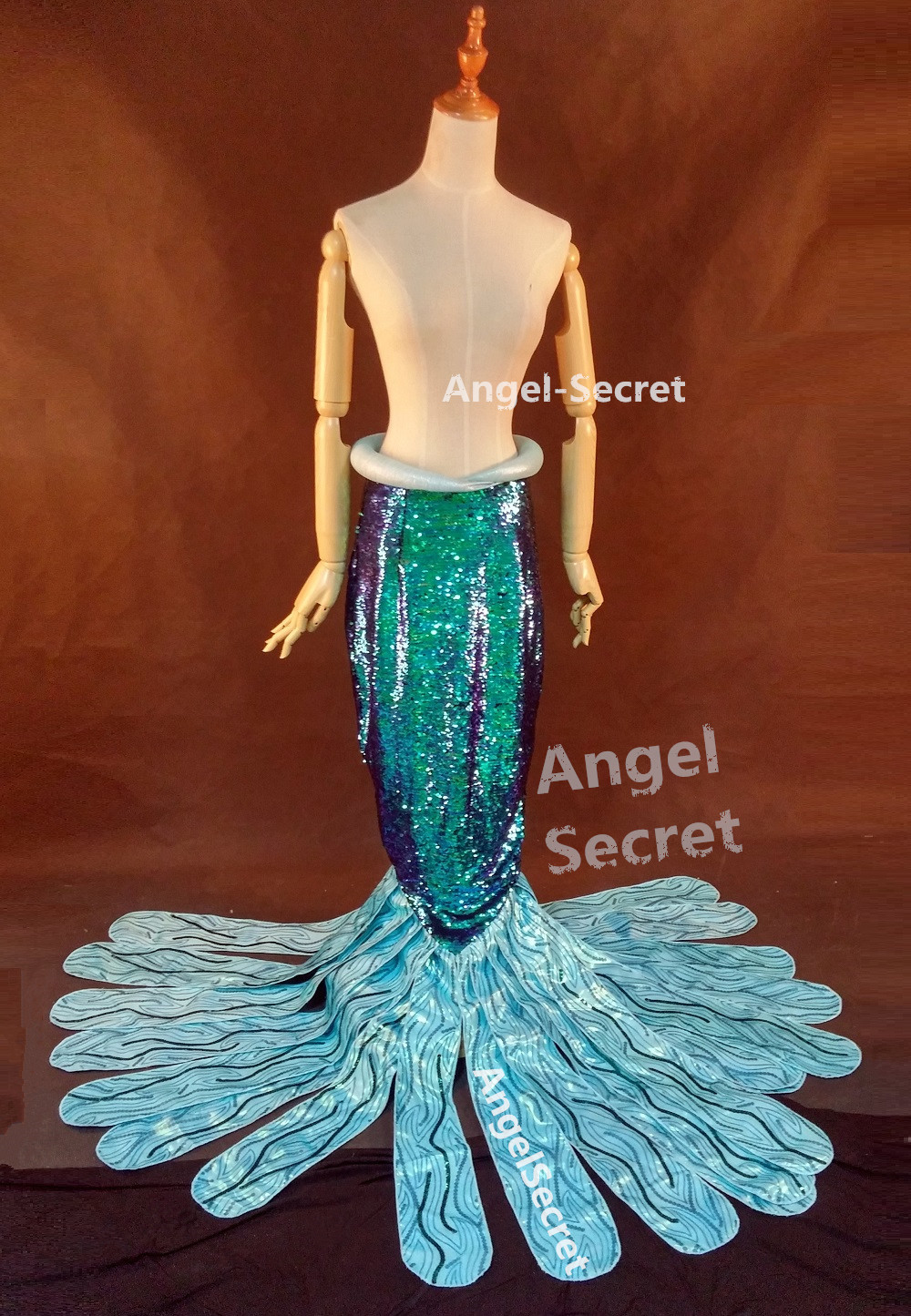P149 Green sequins Mermaid Skirt Fish Ariel tail Costume swimable park version & P149 Green sequins Mermaid Skirt Fish Ariel tail Costume swimable ...