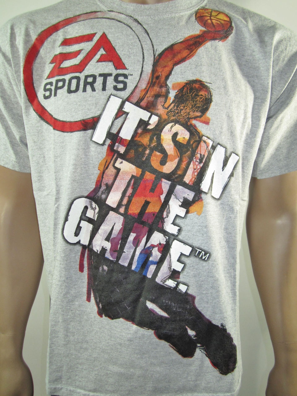 2adf80e5377 Vintage EA Sports It s In the Game Basketball T-Shirt L · DFRNSH8 ...