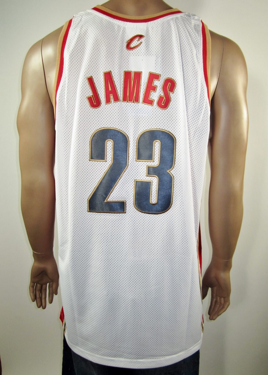 Lebron James Cleveland Cavaliers European Issue Rookie Authentic Champion  Jersey 48 XL NWT - Thumbnail 1 ... 9d8fe2cce
