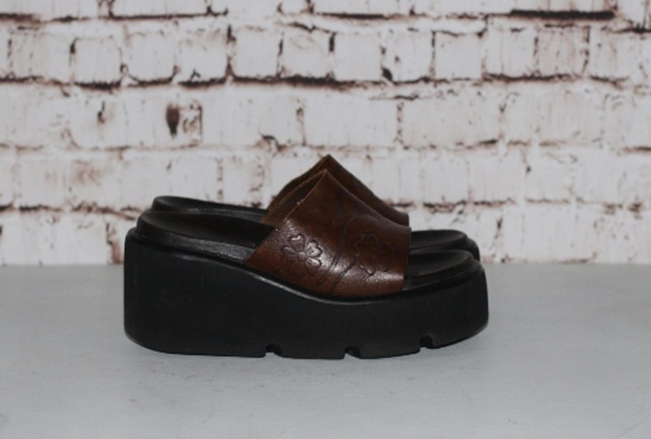 48c1ea4de90c5 Vintage 90s Chunky Sandals Mega Platform Leather Brown Tooled floral Slip  on Slide Mule Wedges Grunge Boho 70s Hipster Festival Daisies 8 6 39 Shoe