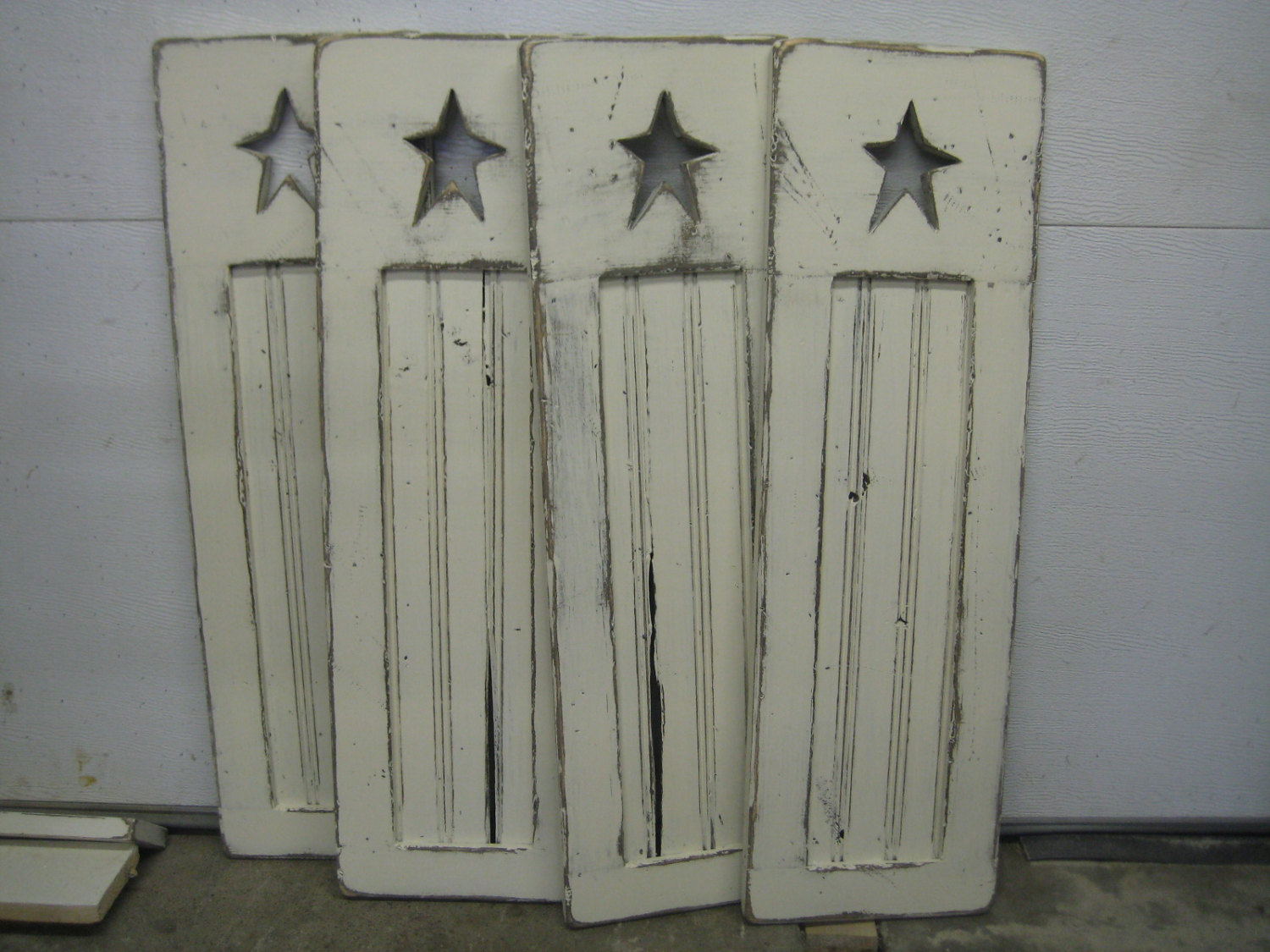 Rustic Beadboard Shutters With Primitive Star Cutout In Distressed Creamy White Sold By Sa Shutter Mill
