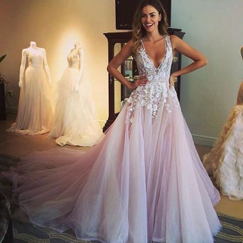 Pretty lavender long prom dress,A-line V-neck lace long prom dresses ...