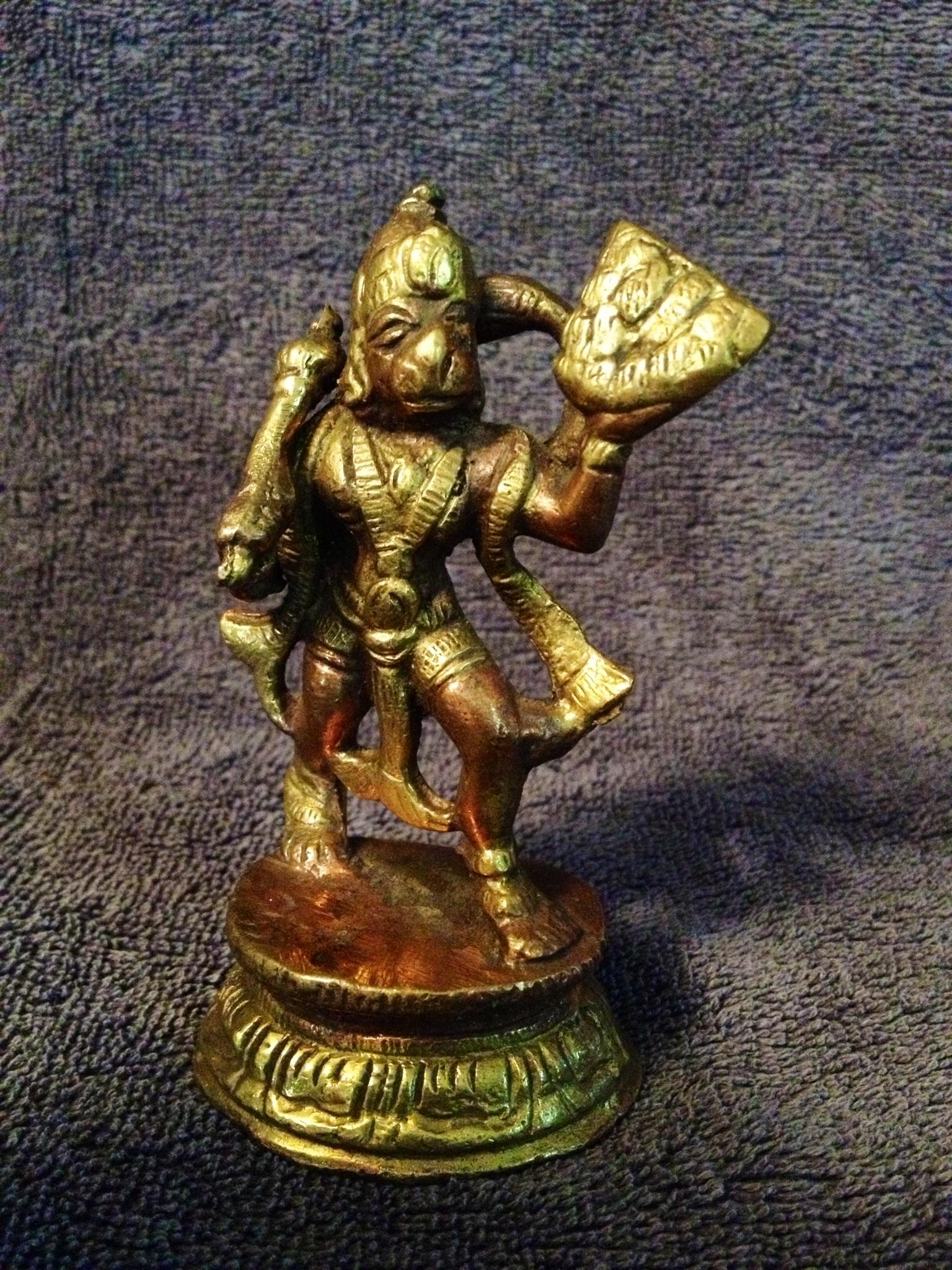 Lord Hanuman Carrying the Mountain of Herbs (Sanjeevani ...