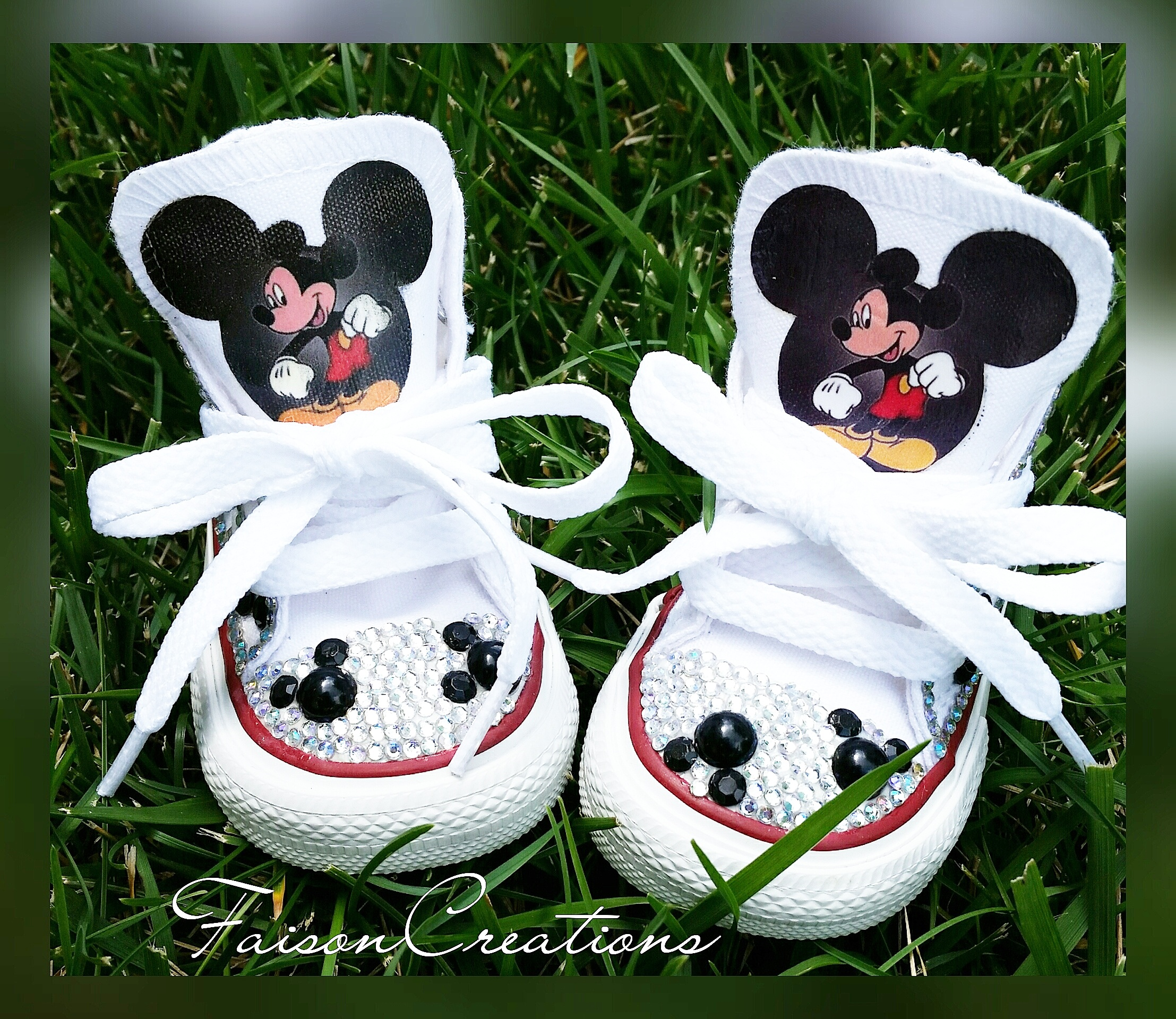 dac9504494e32 Toddler Custom Mickey Mouse Converse from FaisonCreations
