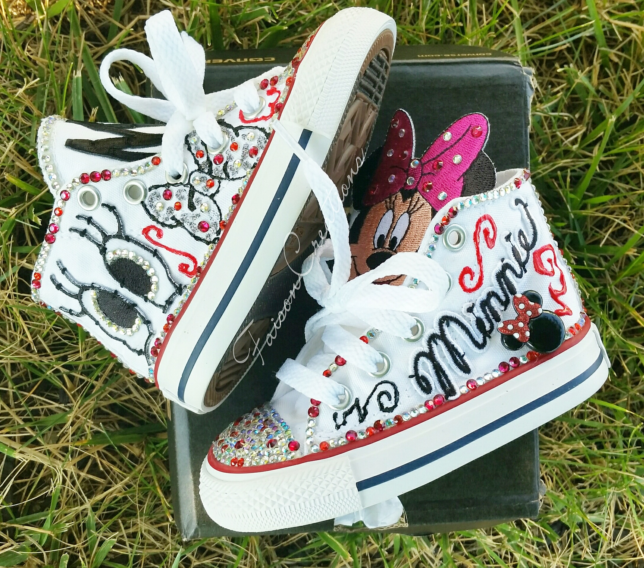 2b2192afc561 Toddler Custom Minnie Mouse Converse Size 5 · FaisonCreations ...