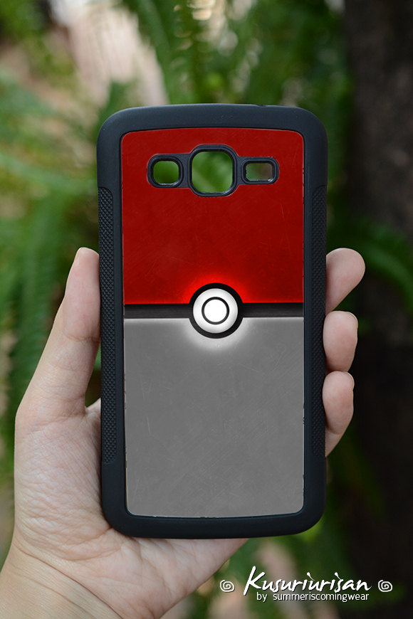 low priced f5c2b 9c414 Pokeball Pokemon go phone case