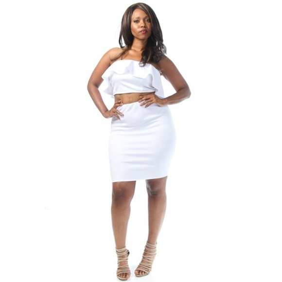 Plus Size Ruffle Bandeau Tube Top With Pencil Skirt Set White