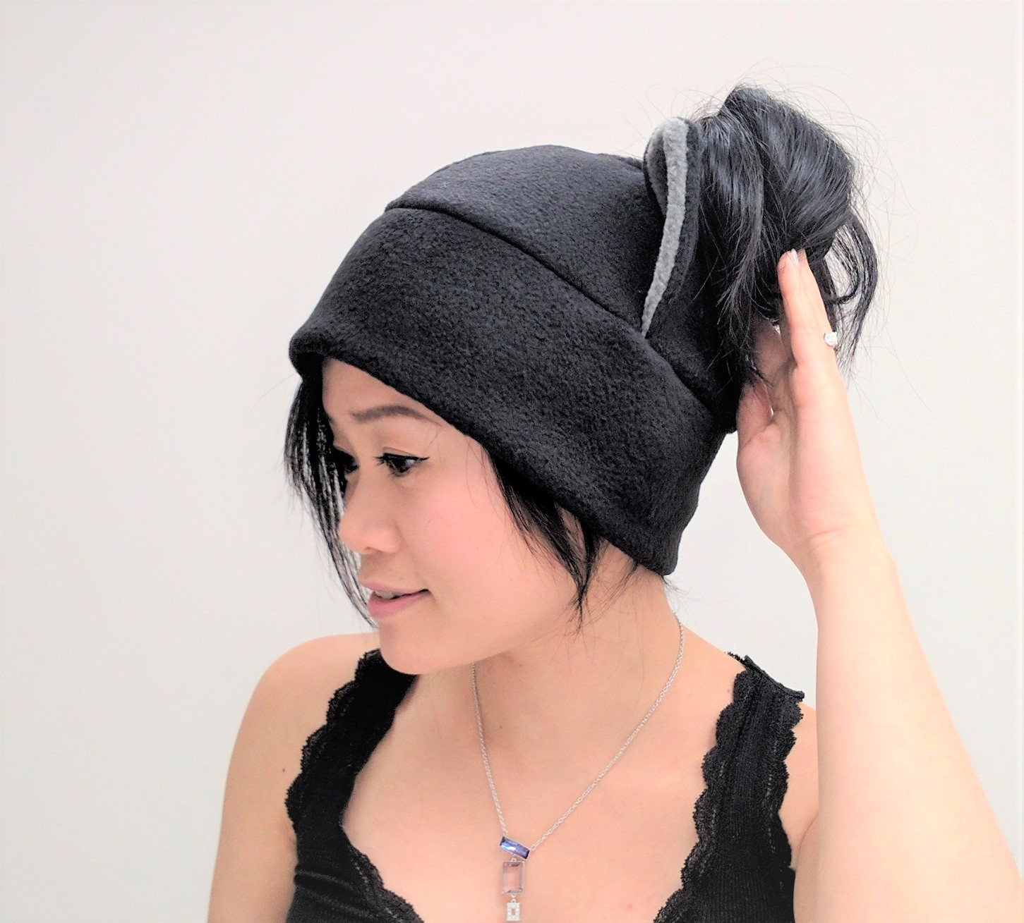 ... Ponytail Hat - Winter Ponytail Hat - Messy Bun Hat - Running Hat -  Messy Bun 66d6a749d78