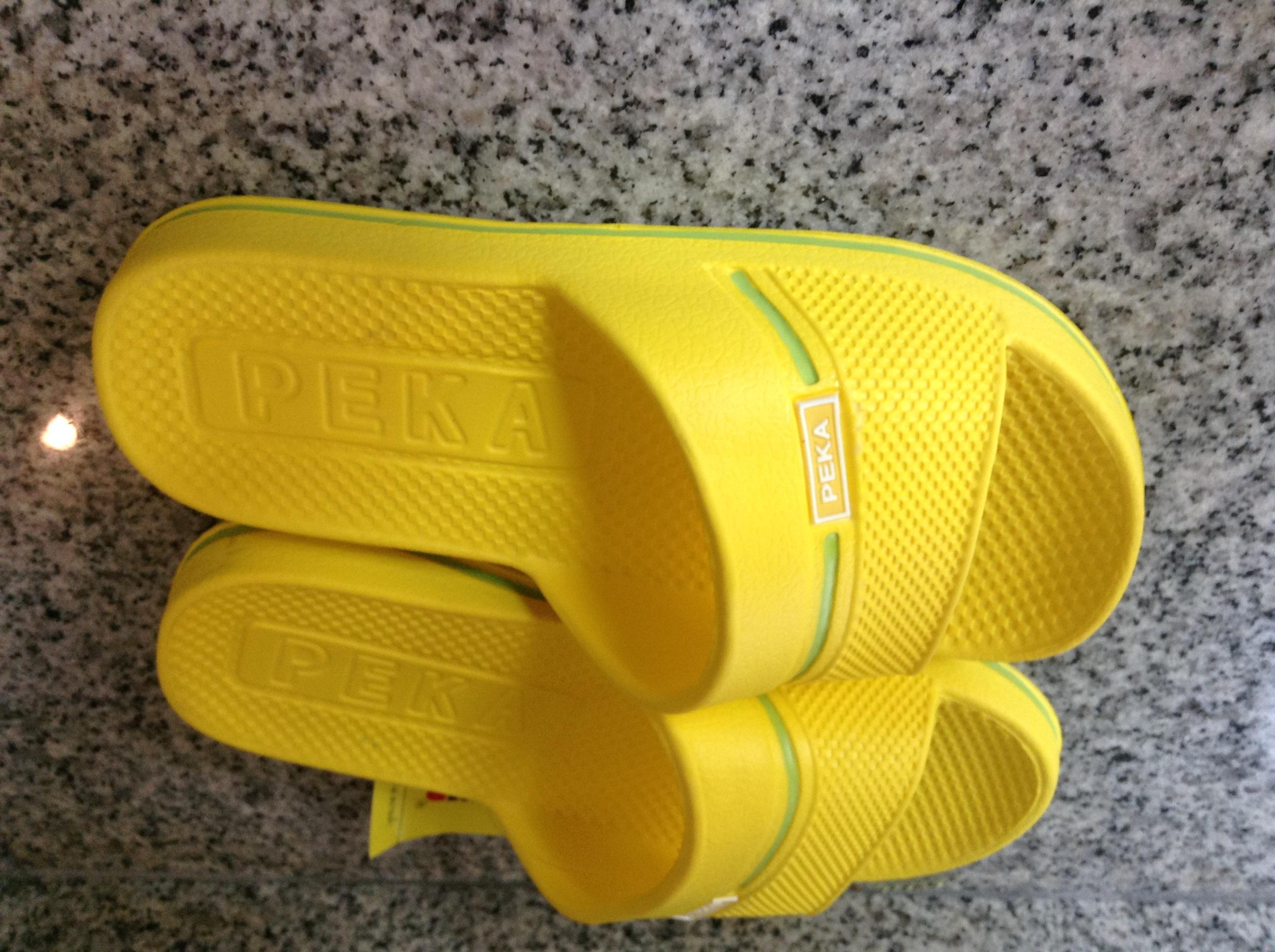0698dc4fa PEKA Kids Flip Flops Sandals Yellow Sandals Shoes, Beach Sandals Size 33 =  200mm