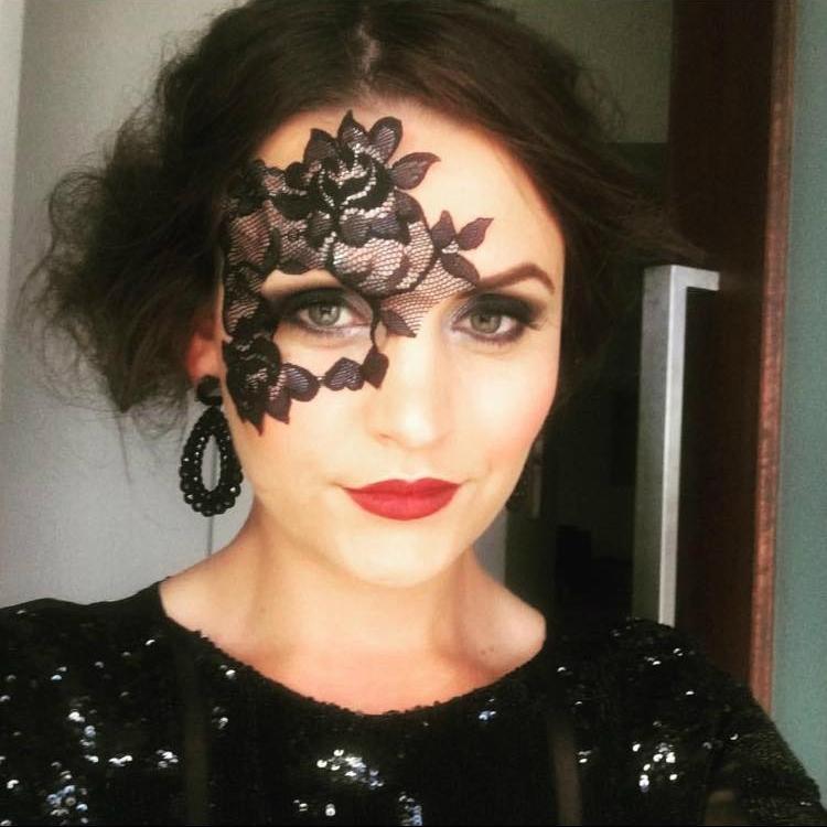 Monique Black Lace Half Mask Small
