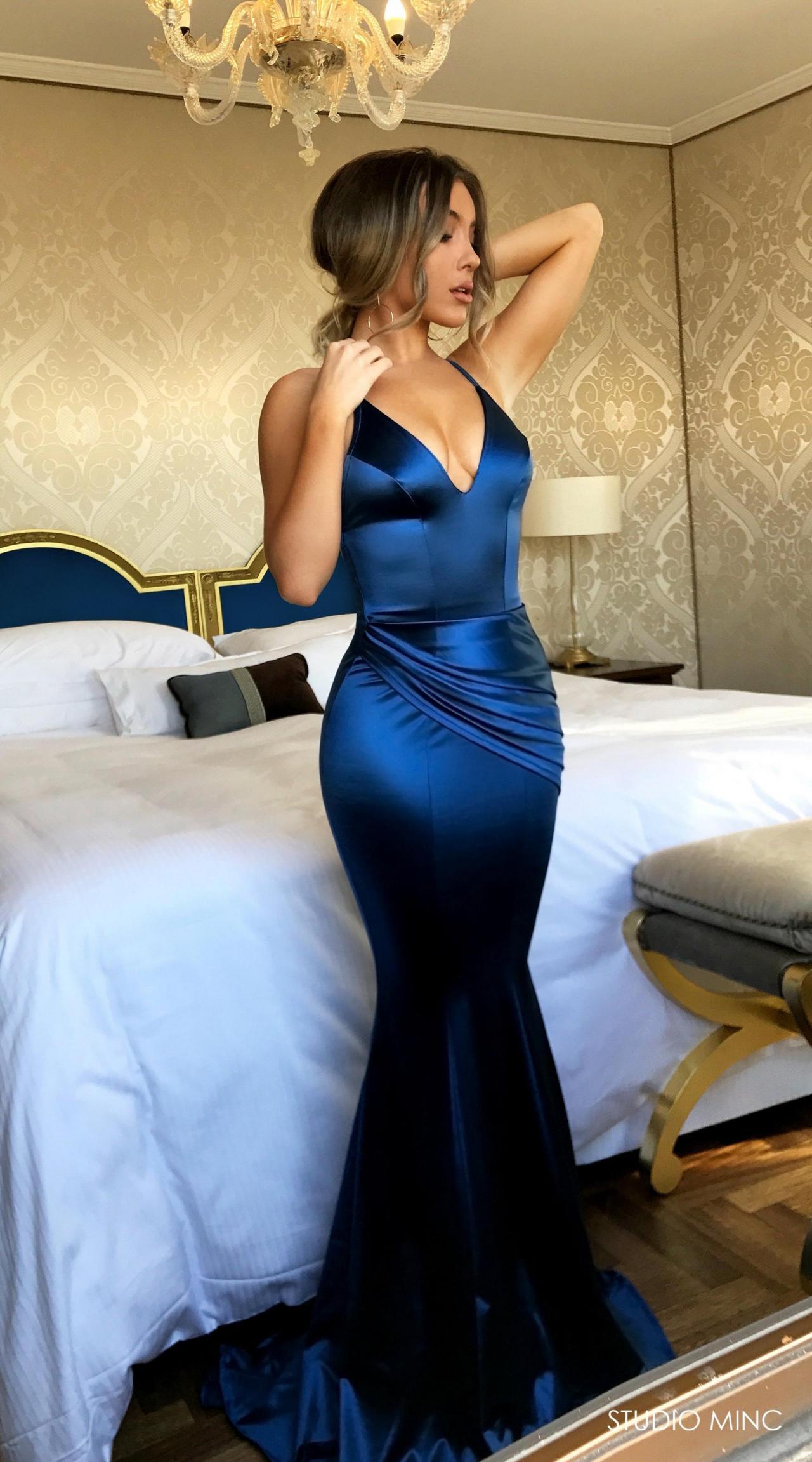 2018 New Mermaid Prom Dressesshirt Dress V Neck Prom Dressparty Dresseswomen Dressesroyal Blue Evening Dress