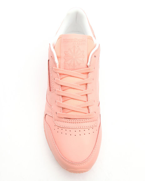 sports shoes 03931 e6245 Reebok: Classic Pastel Pink Sneakers from Stush Fashionista
