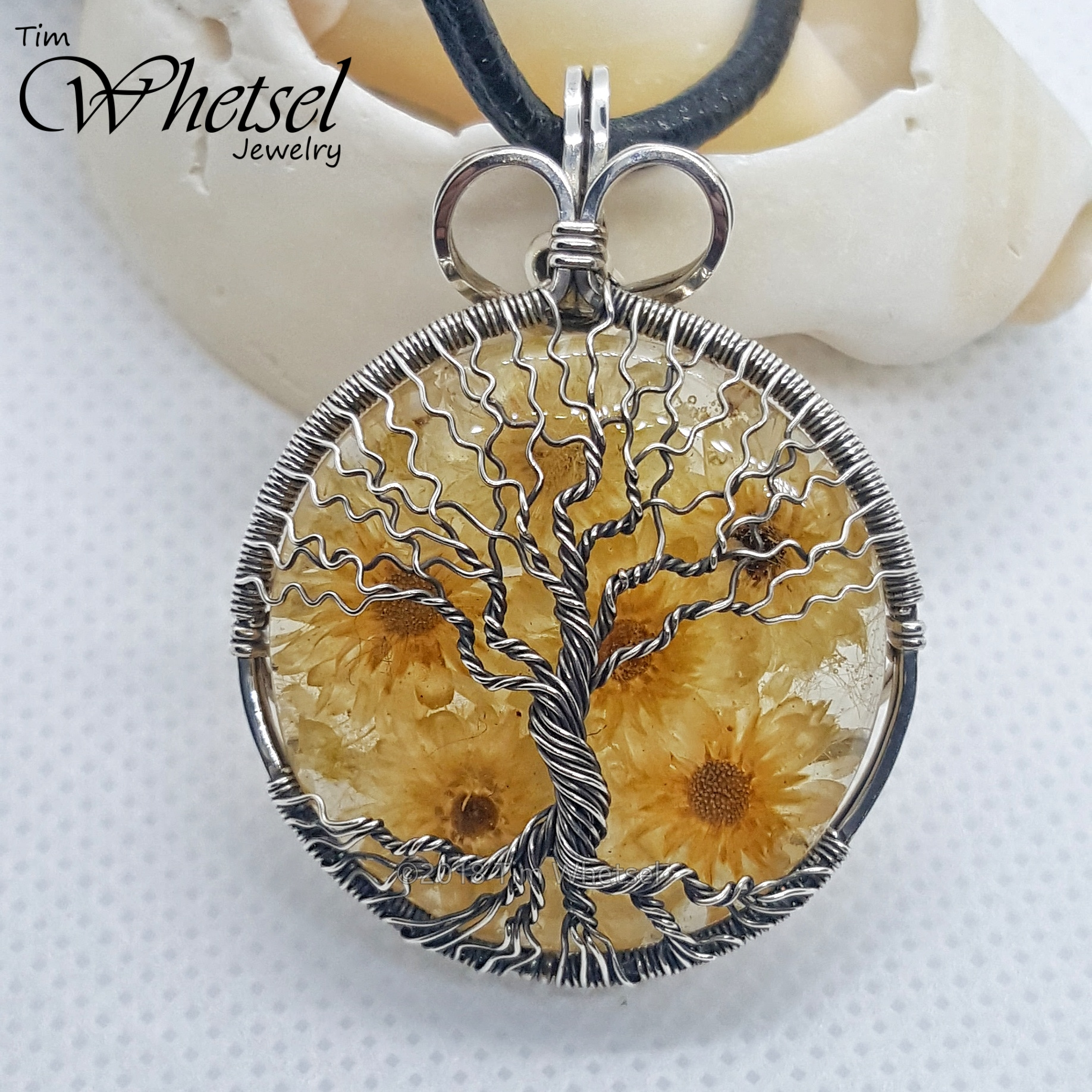 Dried Flowers Amp Resin Tree Of Life Necklace Pendant