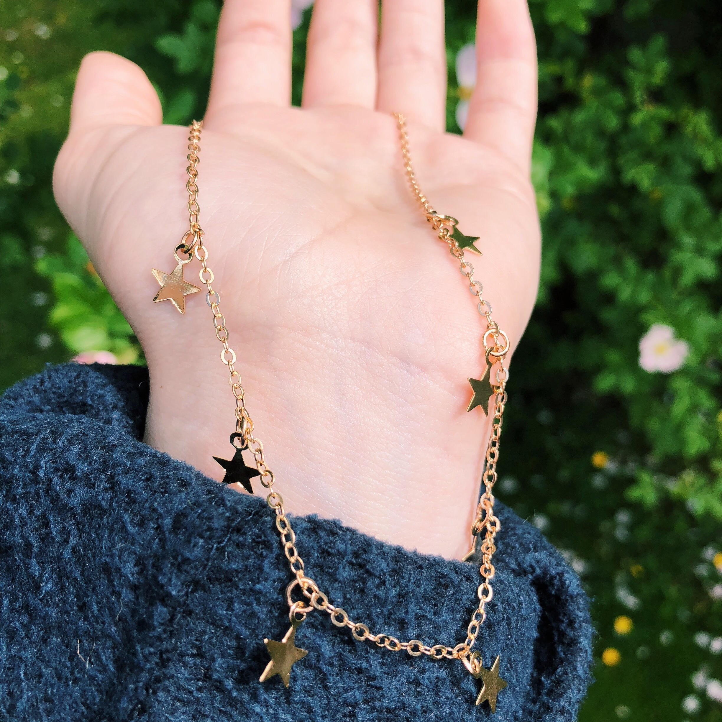 Beaded pink and gold star choker