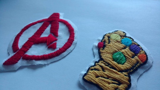 Marvel Comics Infinity Gauntlet, Avengers Logo Patches sold