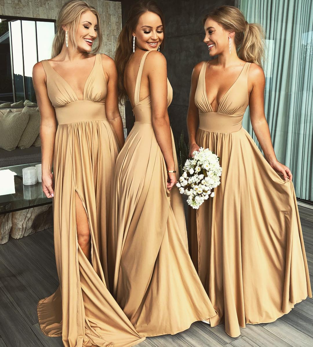 4bc758c5665579 Sexy V Neck Formal Evening Gown Nude Long Wedding Party Dress With Side Slit