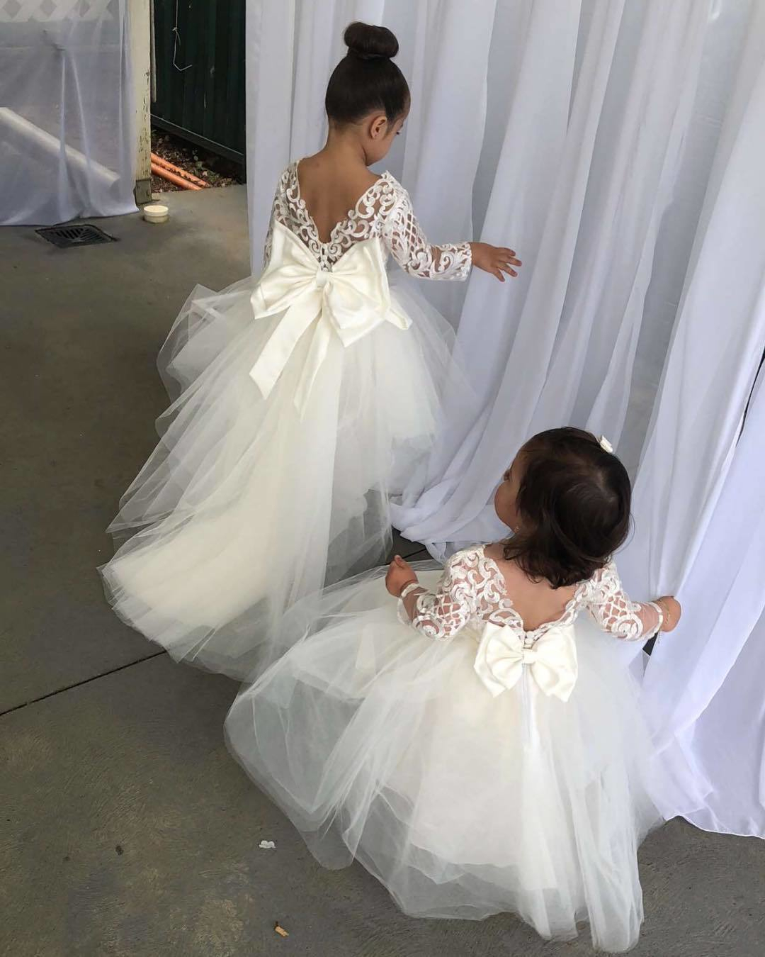 0310fff7dd03d Lovely Princess Flower Girls Dress Tulle Lace Open Back Floor Length Ball  Gown For Wedding Party