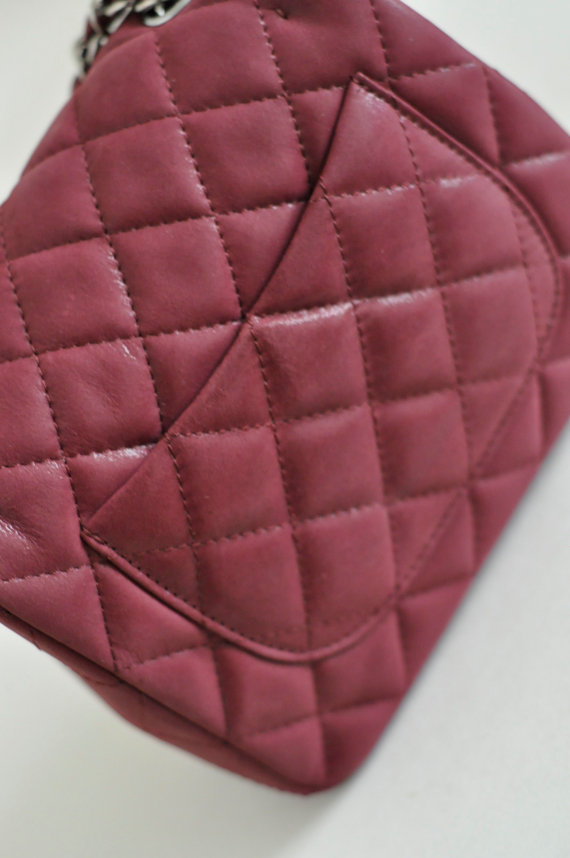 3b79835fa4a7 ... Chanel Burgundy Mini Purse Red Quilted Leather Baby mini Flap Gold  Chain Purse - Thumbnail 2 ...